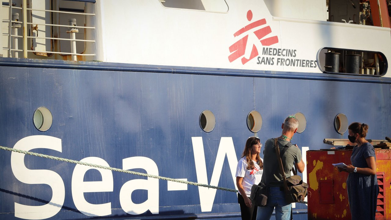Le Sea-Watch 4 dans le port de Burriana en Espagne alors qu'il s'apprête à lancer sa première mission de sauvetage en Méditerranée centrale. 05.08.2020.